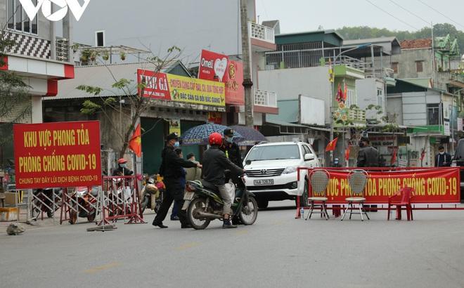 Quảng Ninh: Phong tỏa tạm thời 7 xã, thị trấn thuộc huyện Vân Đồn, ca dương tính mới có dự tiệc cùng 50 - 60  người