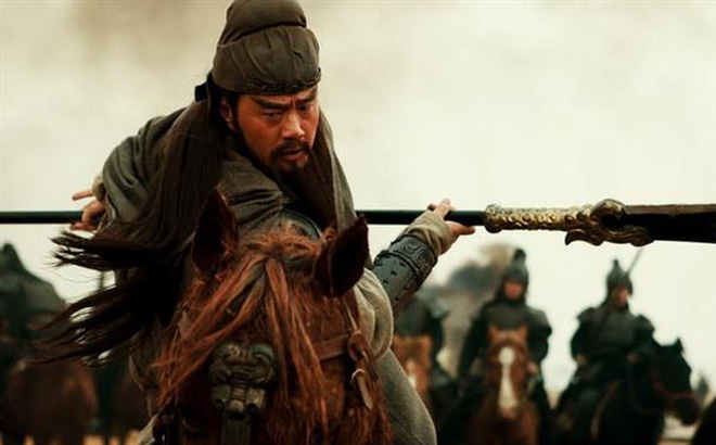 Đều là tướng quân đánh thắng vạn người, chiến công lừng lẫy, vì những lý do gì mà Trương Liêu lại không nổi tiếng bằng Quan Vũ?
