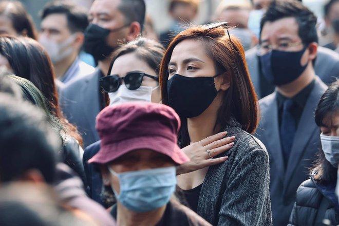 Cháu đích tôn đưa tiễn ông nội, Thu Quỳnh, Thanh Hương khóc nghẹn chia ly NSND Hoàng Dũng - Ảnh 5.