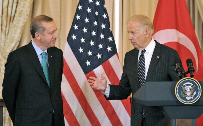 Yếu tố Nga và Trung Quốc phủ bóng quan hệ đồng minh Mỹ-Thổ Nhĩ Kỳ