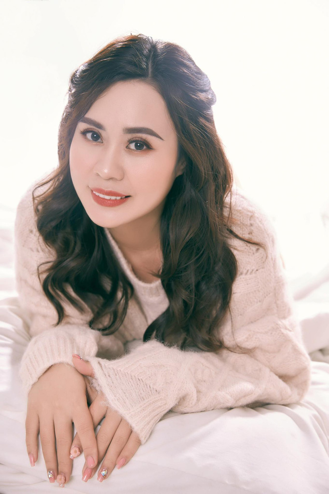Diễn viên Phan Kim Oanh hóa quý cô sang chảnh - Ảnh 9.