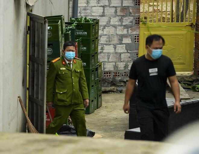 Vụ truy sát 3 người chết, 5 bị thương ở Hòa Bình: Sự việc xảy ra rất nhanh, người dân sống gần không hay biết - Ảnh 4.