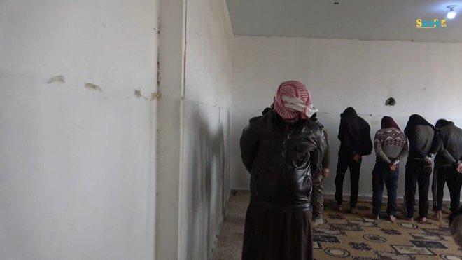 24h và 130 cuộc không kích, Nga khiến IS không còn đường thoát  - Ảnh 3.