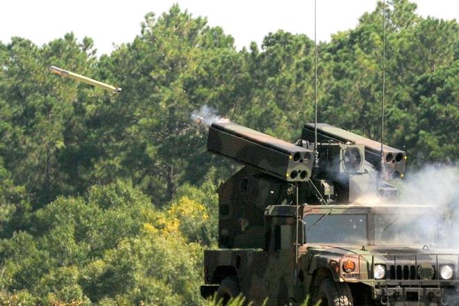 """Ukraine tấn công dữ dội, chiến binh thân Moscow ở Donbass thiệt hại nặng - QĐ Nga sẵn sàng """"đập tan"""" mọi thách thức - Ảnh 2."""