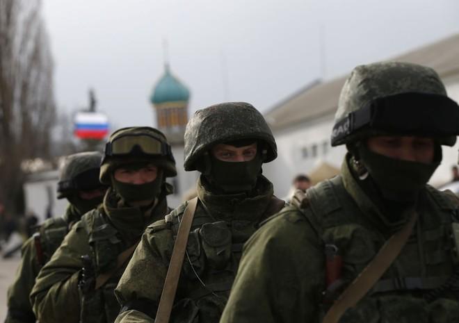 Một loạt binh sĩ Ukraine bị lính bắn tỉa phục kích tiêu diệt: Nga đi nước cờ nào ở Donbass? - Ảnh 1.