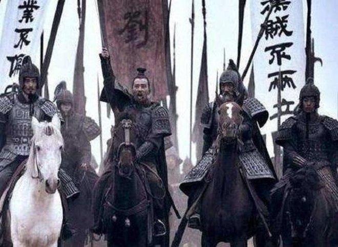 Chu Du trước khi chết đã nói: Không diệt trừ kẻ này, Đông Ngô ắt nguy!, Tôn Quyền không nghe theo, 11 năm sau di ngôn ứng nghiệm - Ảnh 4.