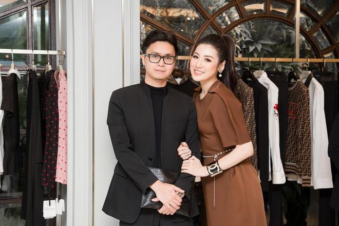 Top 3 HHVN 2012: Hoa hậu Đặng Thu Thảo và 2 á hậu đều có hôn nhân viên mãn - Ảnh 11.