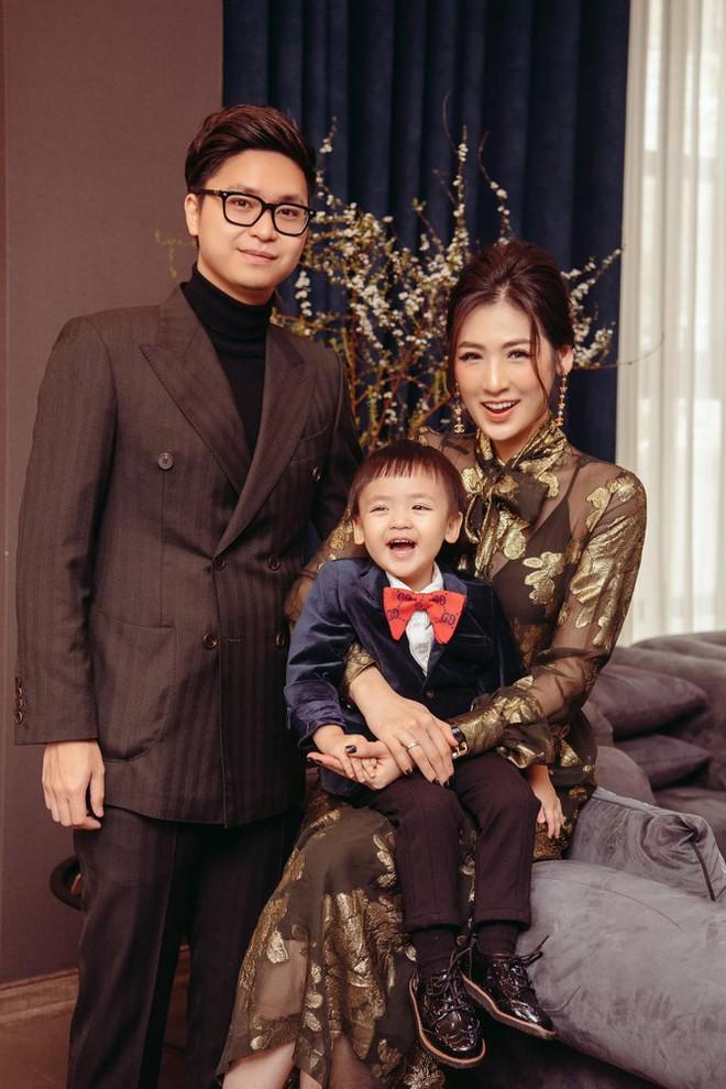 Top 3 HHVN 2012: Hoa hậu Đặng Thu Thảo và 2 á hậu đều có hôn nhân viên mãn - Ảnh 12.