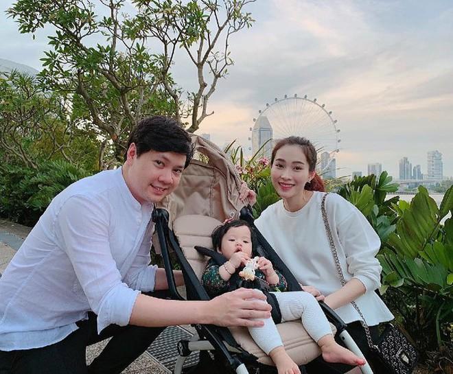 Top 3 HHVN 2012: Hoa hậu Đặng Thu Thảo và 2 á hậu đều có hôn nhân viên mãn - Ảnh 5.