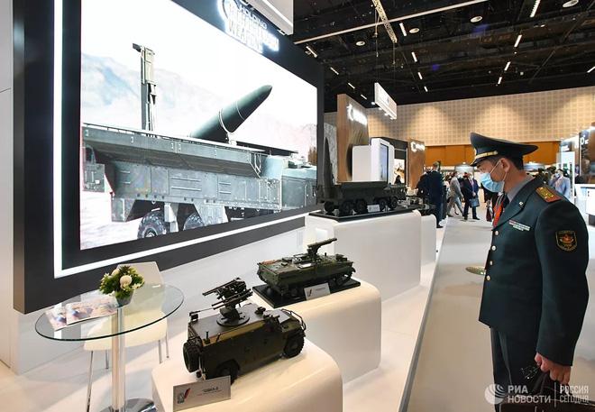 Nga khoe vũ khí gì mới tại triển lãm IDEX-2021 ở UAE? - Ảnh 10.