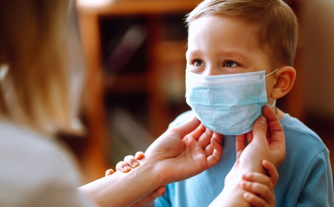 Trẻ em thường đánh bại SARS-CoV-2 tốt hơn người lớn – Vì sao có sự ngược đời này?