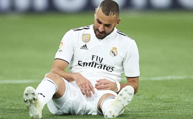"""Real Madrid dùng đội hình """"què quặt"""" thi đấu Champions League"""