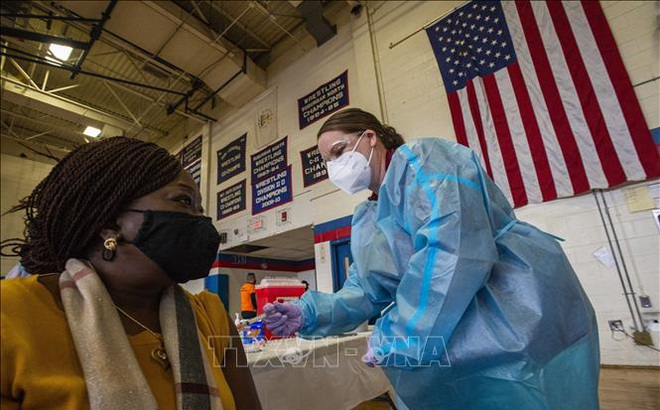 CDC Mỹ khuyến nghị cách khắc phục phản ứng phụ sau khi tiêm vaccine ngừa COVID-19