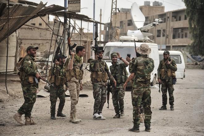 QĐ Syria cơ động bất thường, sắp có biến lớn - Né không kích của Israel, Iran vẫn bị đuổi cùng diệt tận? - Ảnh 2.