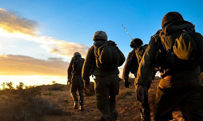QĐ Syria cơ động bất thường, sắp có biến lớn - Né không kích của Israel, Iran vẫn bị đuổi cùng diệt tận? - Ảnh 1.