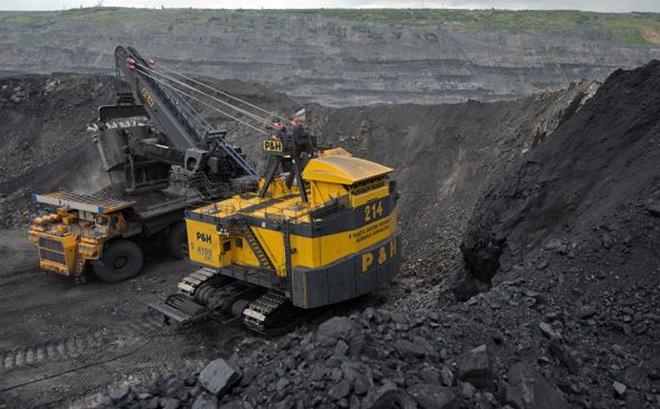 """Phá chuyên án khai thác than """"khủng"""" ở Quảng Ninh, tạm giữ 50 người, thu 100.000 tấn than"""