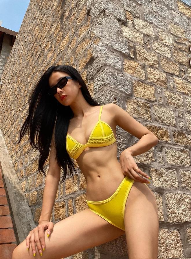 Nàng Kiều Trình Mỹ Duyên diện bikini khoe hình thể nóng bỏng khó rời mắt - Ảnh 2.