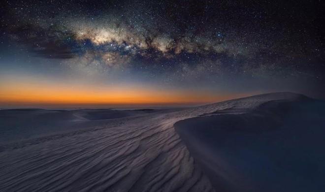 Nóng bức ban ngày, lạnh âm độ ban đêm: Vì sao nhiệt độ trên sa mạc lại biến đổi khôn lường tới vậy? - Ảnh 1.