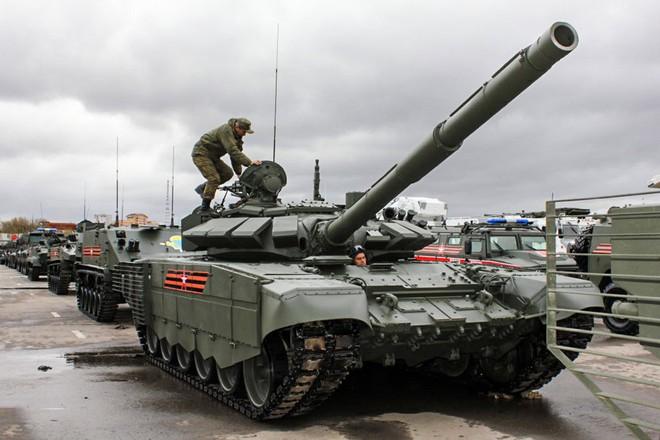 Dốc hầu bao 350 tỷ USD, mua 4700 vũ khí mới: Nga sấm chớp dọa ai? - ảnh 4