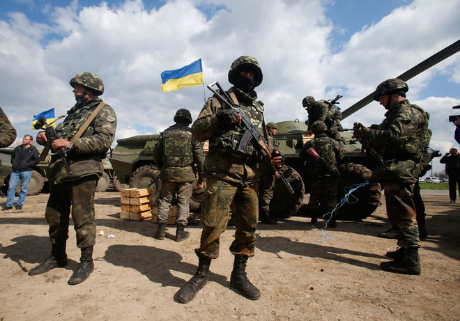 """Ukraine quyết tái chiếm Donbass: """"Cơn đau đầu"""" của Tổng thống Putin! - Ảnh 2."""