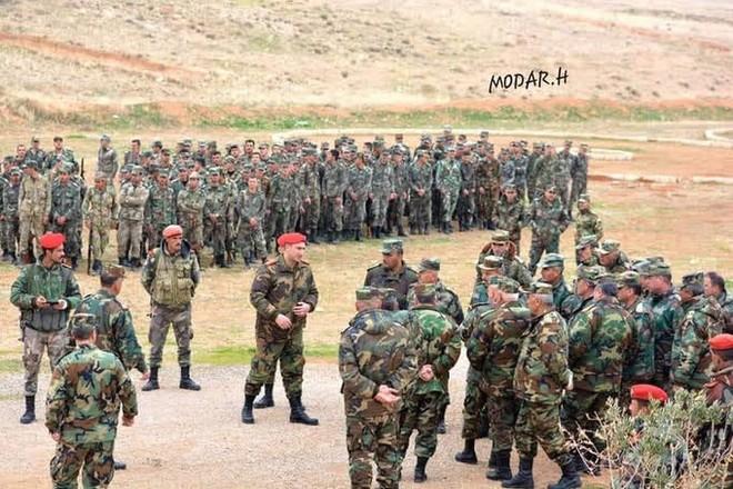 300 tăng pháo Syria áp sát chiến tuyến al-Bab - Phiến quân trước viễn cảnh bị Thổ bán đứng - Ảnh 3.