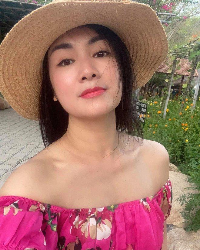 NSND Thu Hà: Nữ hoàng ảnh lịch thập niên 90 và cuộc sống kín tiếng tuổi 52 - Ảnh 13.