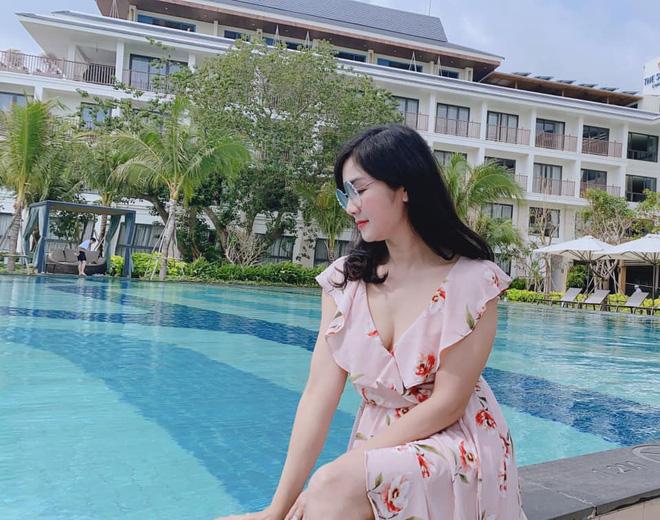 NSND Thu Hà: Nữ hoàng ảnh lịch thập niên 90 và cuộc sống kín tiếng tuổi 52 - Ảnh 15.