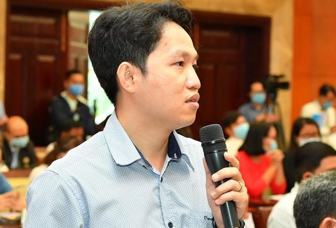 Nửa đêm, Chủ tịch TPHCM bị dân gọi phàn nàn về hung thần karaoke - Ảnh 1.