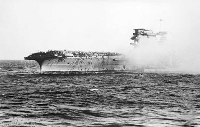 Điểm lại những trận chiến trên biển lớn nhất trong lịch sử thế giới  - Ảnh 3.