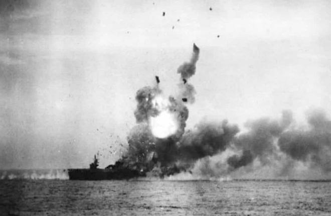 Điểm lại những trận chiến trên biển lớn nhất trong lịch sử thế giới  - Ảnh 4.
