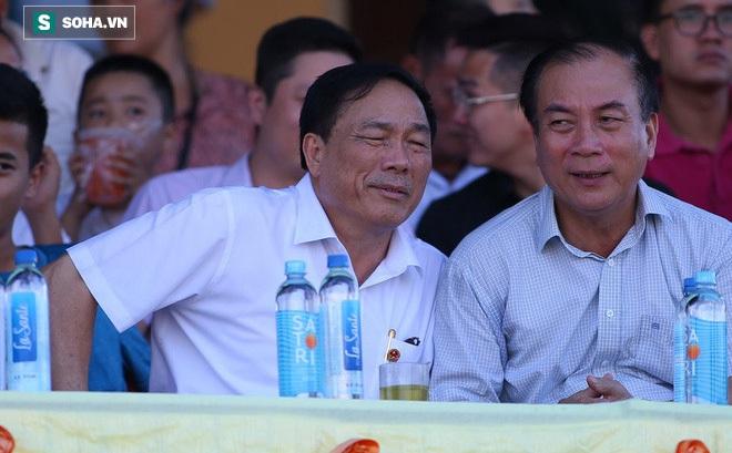 """Cú điện thoại """"gây choáng"""" của bầu Đệ & lời gan ruột của vị HLV mất ghế ở CLB Thanh Hóa"""