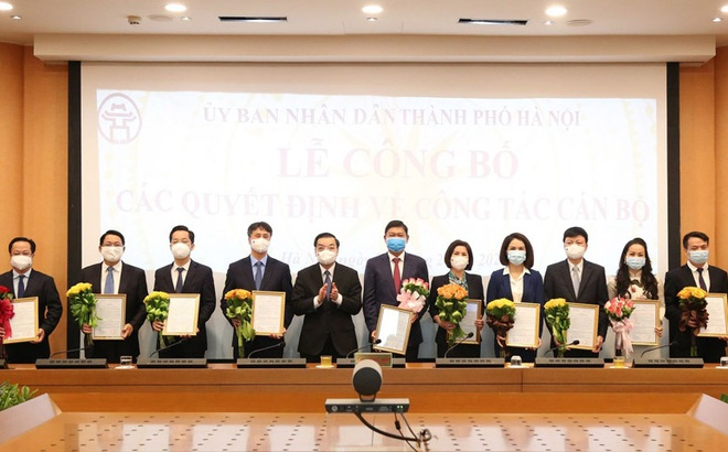 Hà Nội có tân Chánh văn phòng UBND TP 45 tuổi và 4 Giám đốc Sở