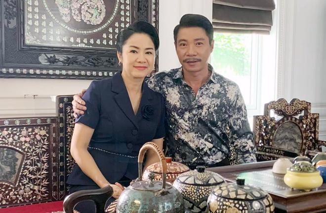 NSND Thu Hà: Nữ hoàng ảnh lịch thập niên 90 và cuộc sống kín tiếng tuổi 52 - Ảnh 8.