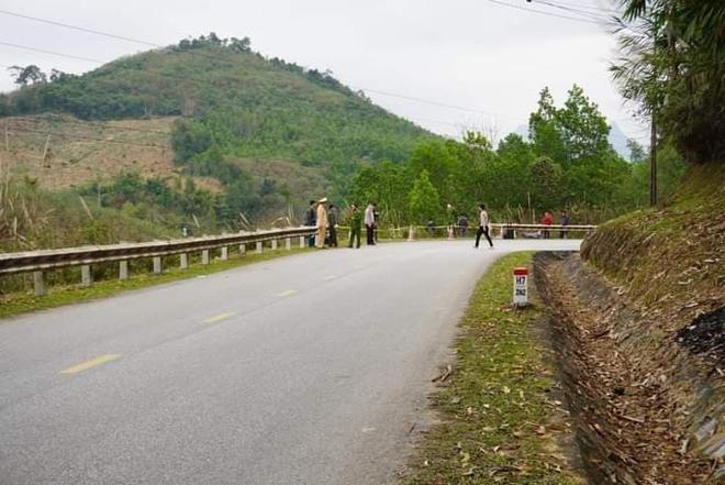 Xe khách giường nằm lao xuống vực ở Tuyên Quang, 1 người tử vong - Ảnh 5.