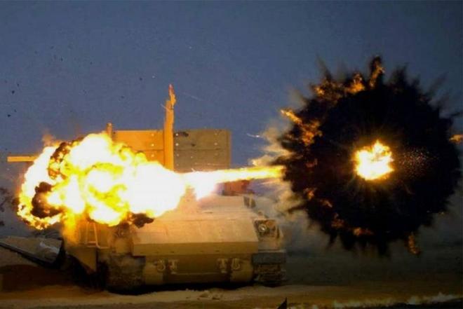 Nga hiện đại hóa nhiều vũ khí tấn công - Ảnh 1.