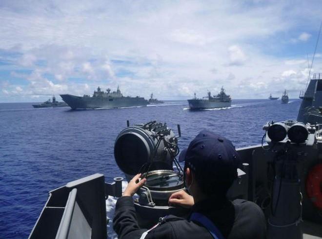 """Nhật Bản tuyên bố sẽ """"nổ súng gây nguy hại"""" nếu Hải cảnh Trung Quốc đổ bộ lên quần đảo Senkaku - ảnh 1"""