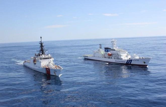 """Nhật Bản tuyên bố sẽ """"nổ súng gây nguy hại"""" nếu Hải cảnh Trung Quốc đổ bộ lên quần đảo Senkaku - ảnh 8"""