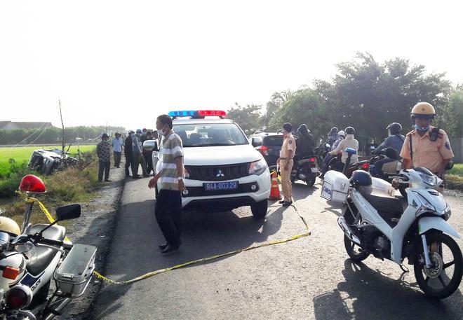Tai nạn nghiêm trọng ở Bạc Liêu: 1 người tử vong, 7 người bị thương - Ảnh 1.