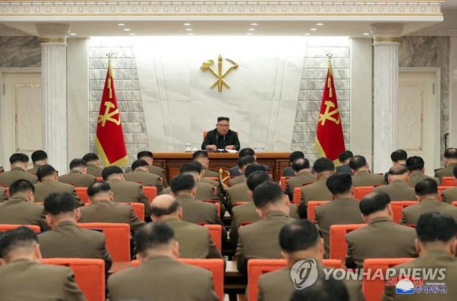Quân đội Triều Tiên thay máu với Tư lệnh Hải quân, Tư lệnh Không quân mới - Ảnh 3.