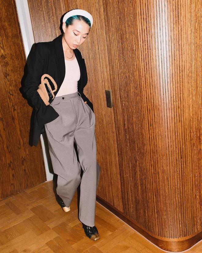 Sắc vóc của người mẫu 27 tuổi vừa trở thành tổng biên tập Vogue trẻ nhất - Ảnh 12.