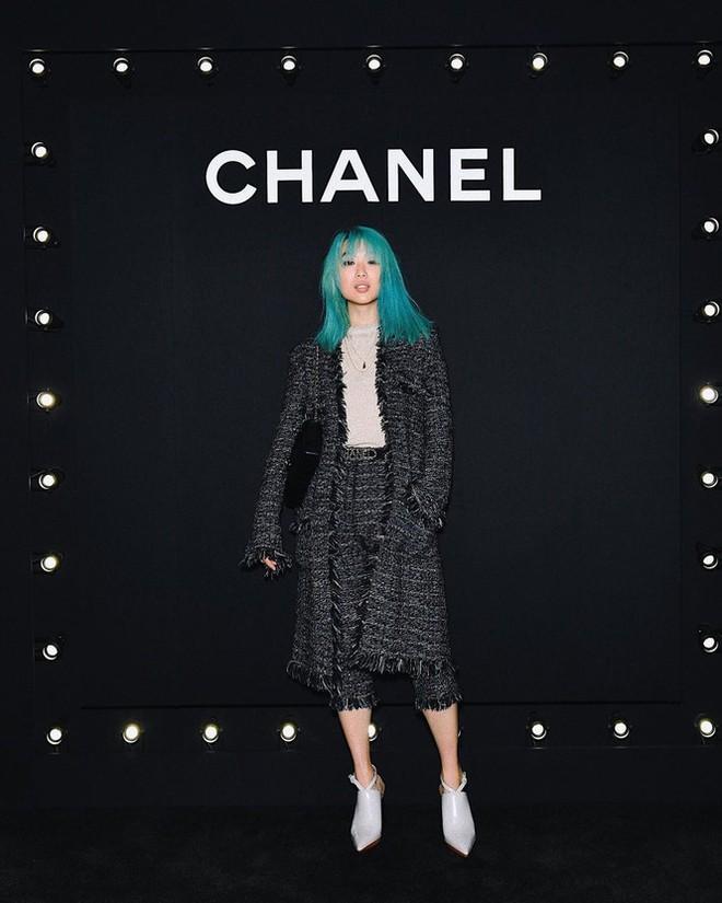 Sắc vóc của người mẫu 27 tuổi vừa trở thành tổng biên tập Vogue trẻ nhất - Ảnh 10.