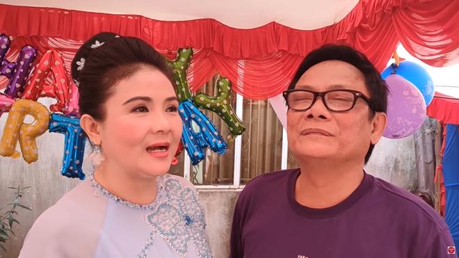 NSND Thanh Ngân: Tôi không ngờ anh Tấn Hoàng lại mua đầm ngắn cho mẹ vợ - Ảnh 3.