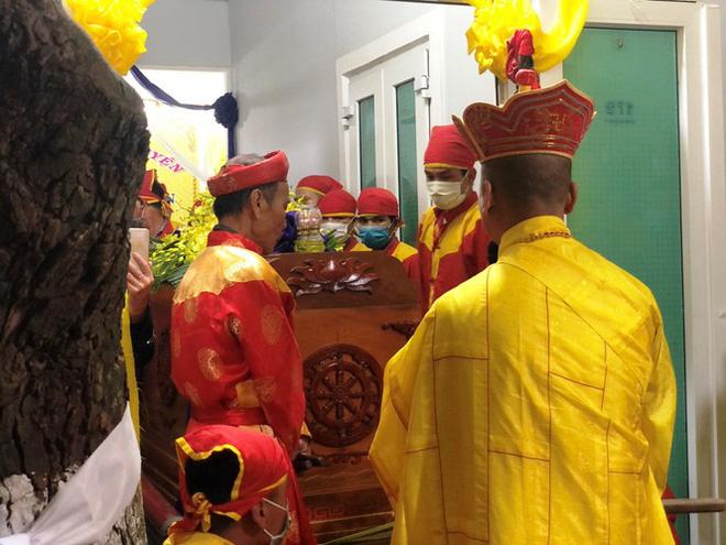 Xúc động tang lễ 'cung nữ đặc biệt' triều Nguyễn - Ảnh 3.
