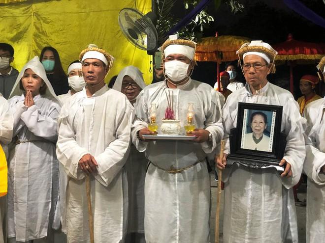 Xúc động tang lễ 'cung nữ đặc biệt' triều Nguyễn - Ảnh 10.