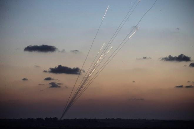 """Lầu Năm Góc """"bất lực"""", không thể liên hệ với Quân đội Myanmar - Israel tuyên bố sẽ đánh Iran không cần Mỹ! - Ảnh 1."""