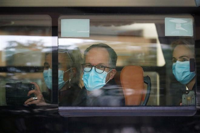 Nhóm điều tra sự thật của WHO đã đến chợ hải sản Vũ Hán, chia sẻ về một cảnh tượng gây sốc - Ảnh 2.