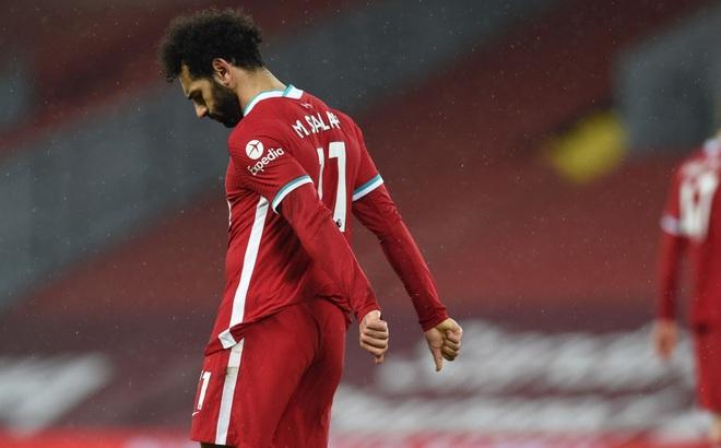 Thua sốc trên sân nhà, Liverpool tự đóng cửa tranh ngôi vương với thành Manchester