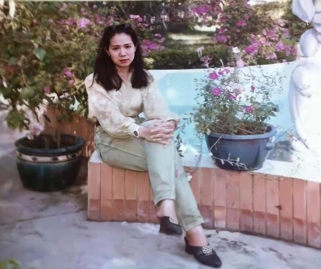 Khoe mẹ đẹp như hoa hậu, cô gái chia sẻ ảnh bà thời trẻ khiến dân mạng phải trầm trồ - Ảnh 12.