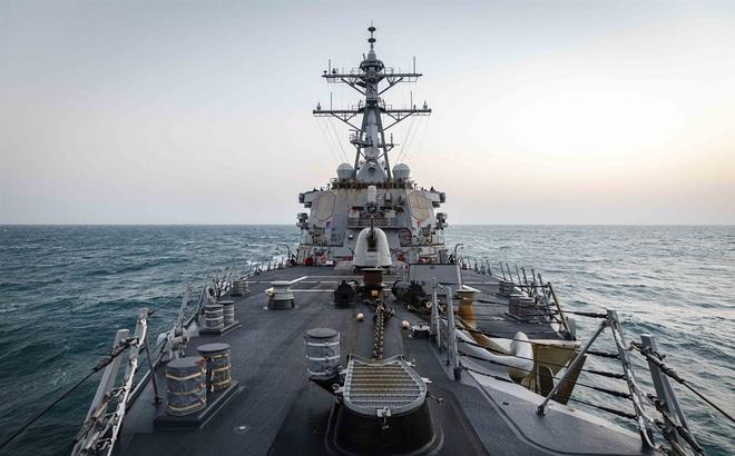Chiến hạm Mỹ mang tên lửa cực mạnh vào nơi nhạy cảm: Trung Quốc cảnh báo gắt, bùng nổ nguy cơ xung đột