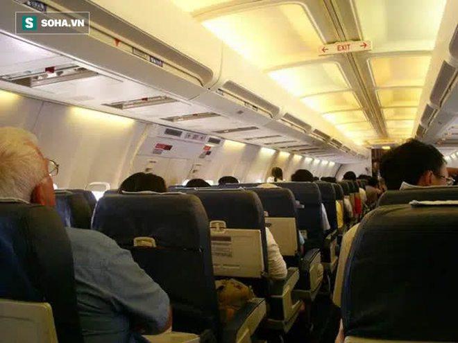 Tiếp viên hàng không cảnh báo, có 1 thứ trên máy bay, hành khách tốt nhất không nên đụng tới - Ảnh 2.